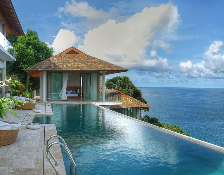 Villa Minh - Pool and ocean